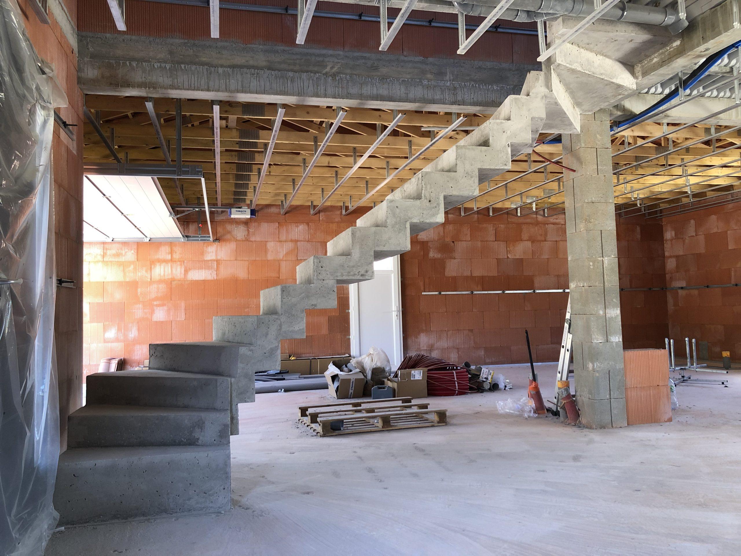 Création d'un escalier béton design