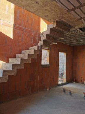 Escalier béton au Bouscat dans une maison individuelle