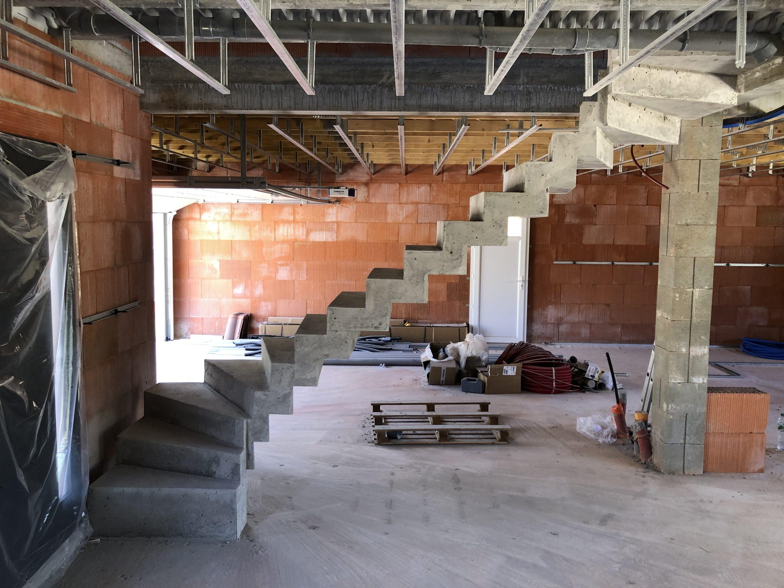 Escalier beton contemporain près de Limoges