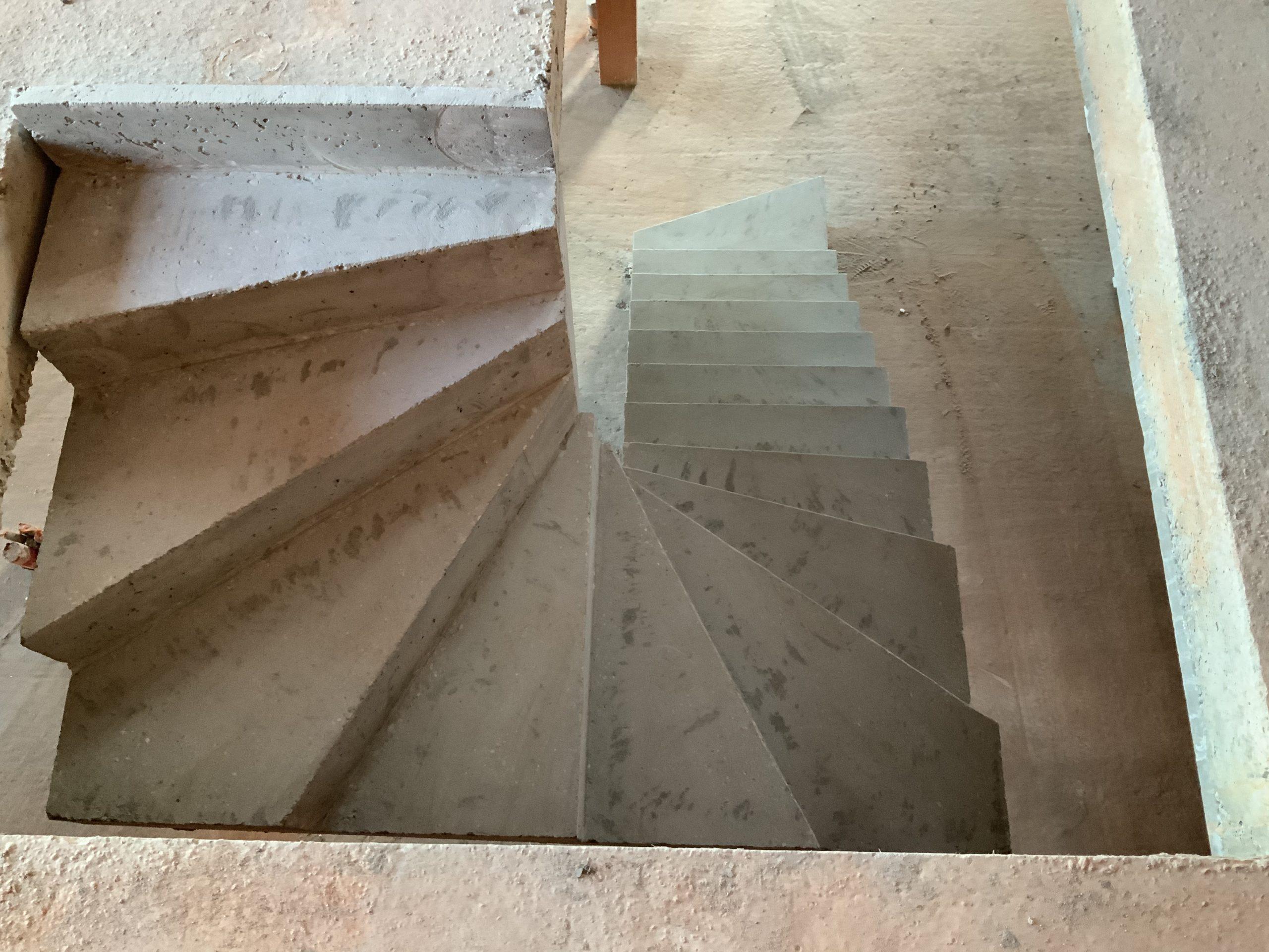 Escalier béton coulé sur place