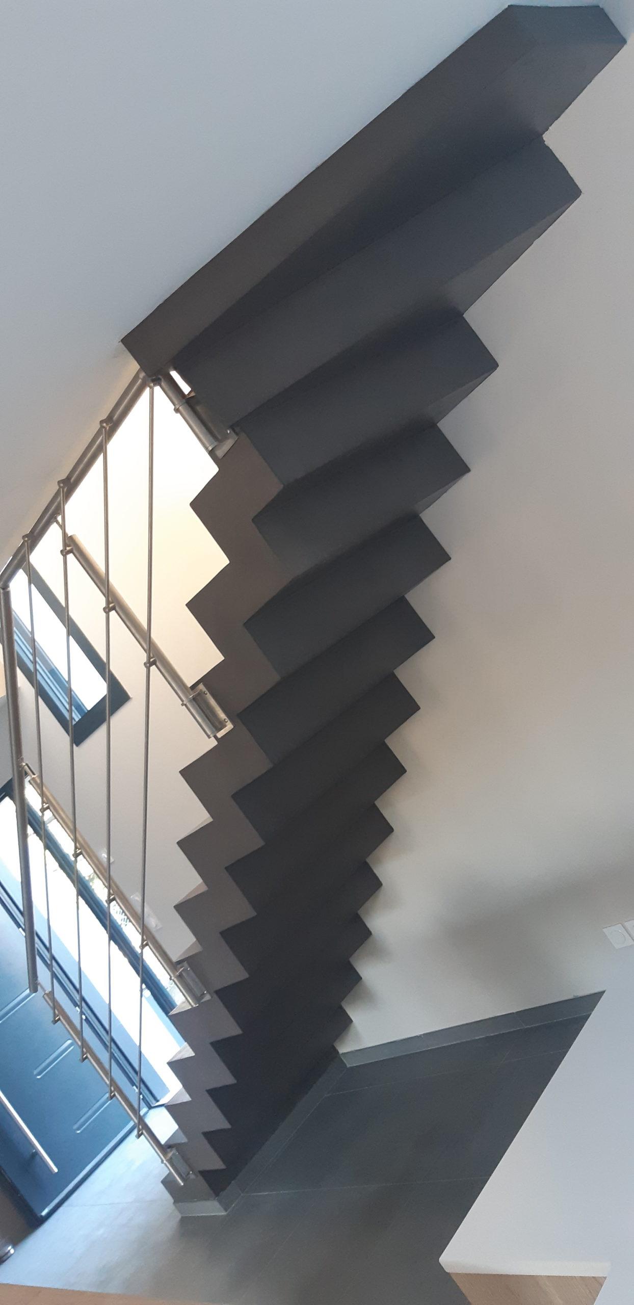 Escalier béton près de Lyon