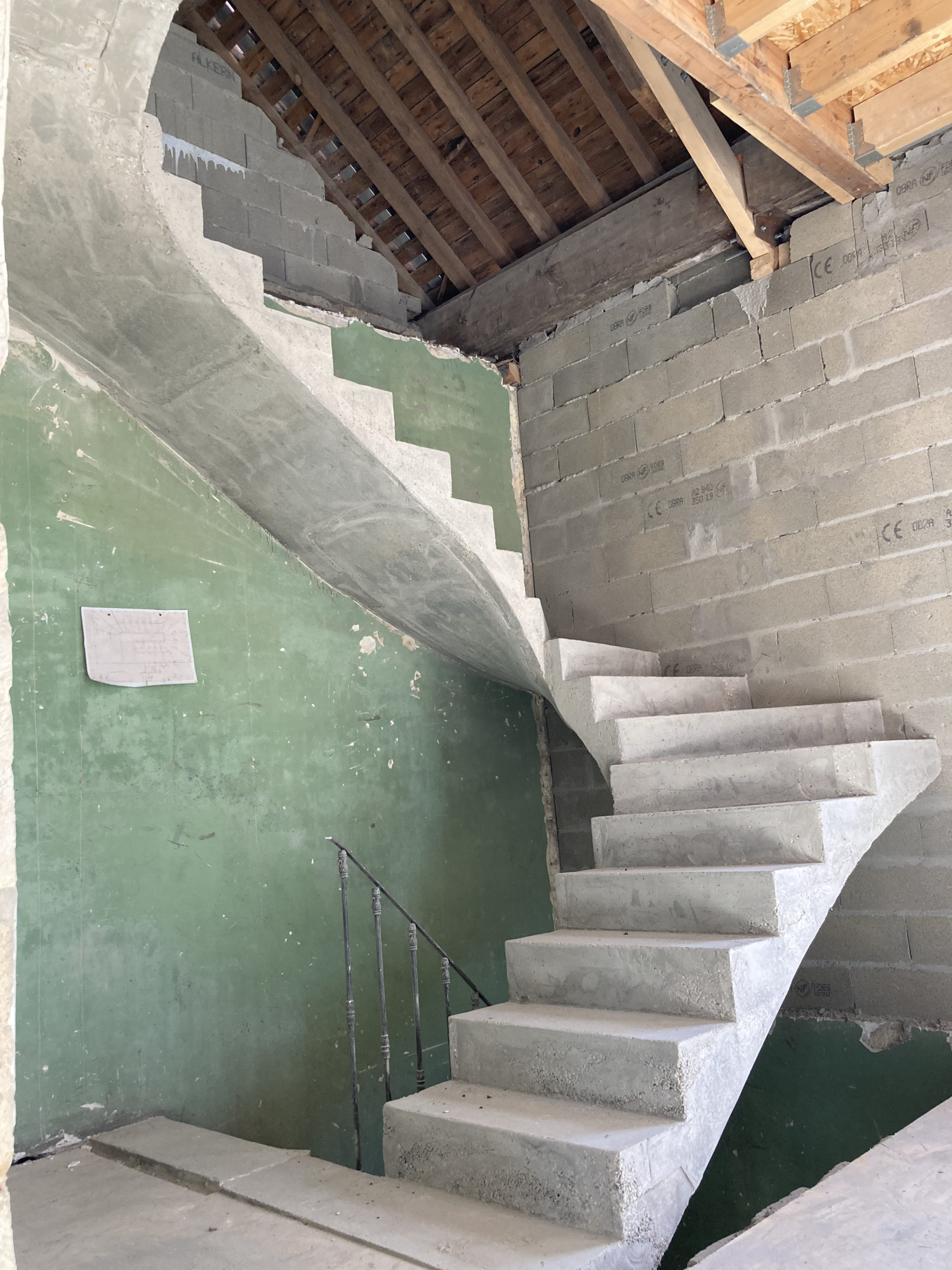 Escalier trois quart tournant à Bruges