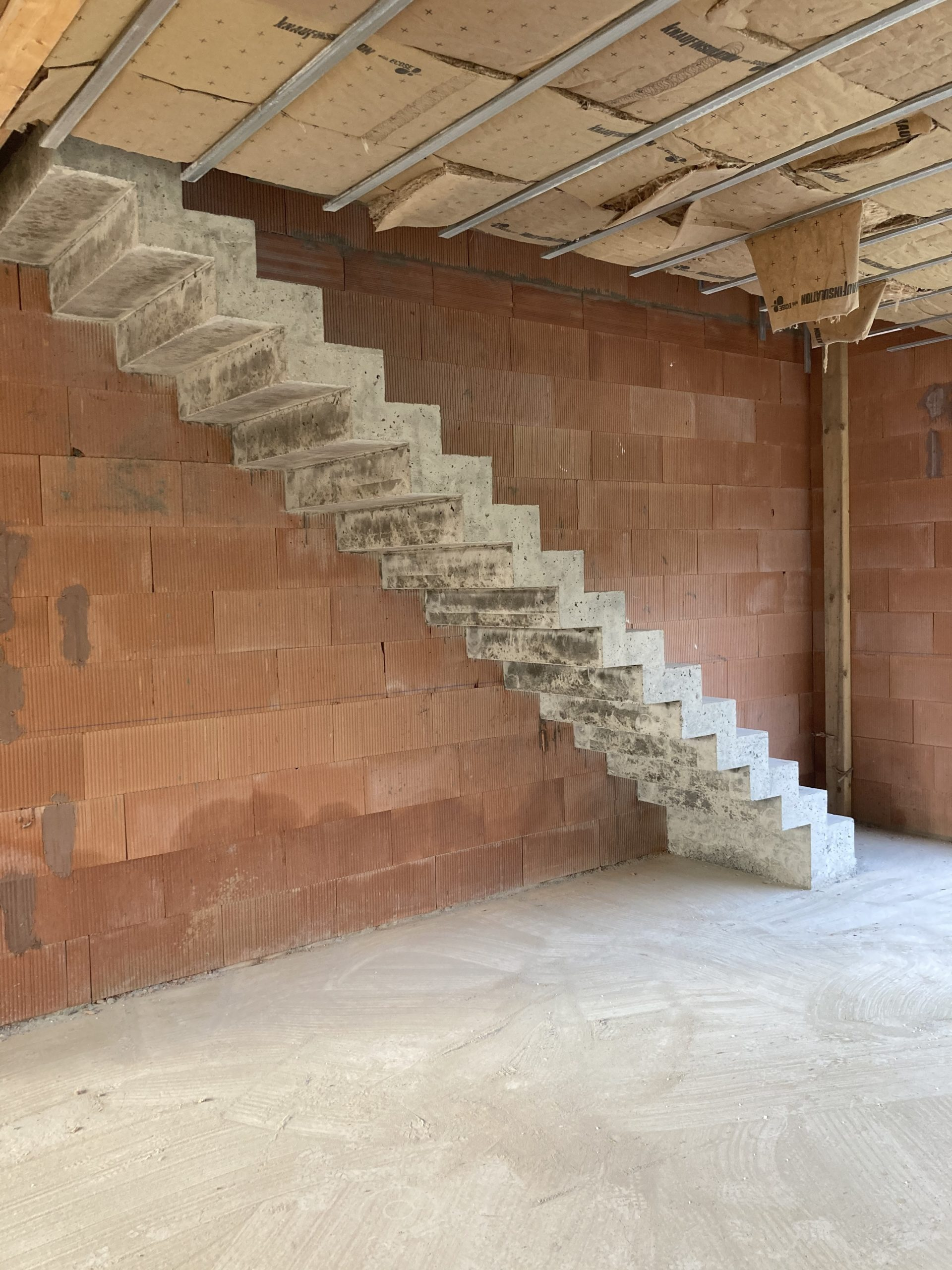 Réalisation d'un escalier béton à Arsac