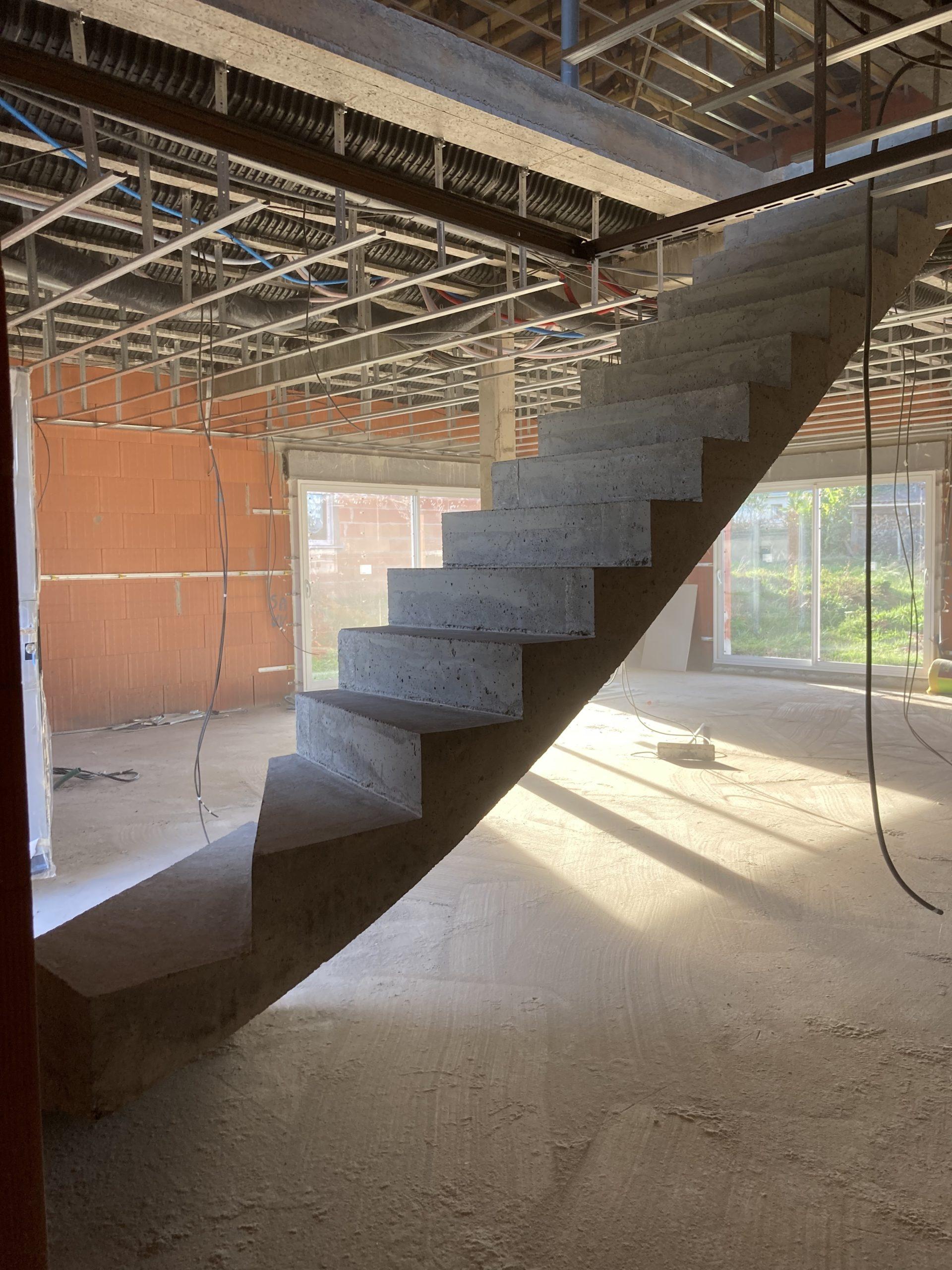 Réaliser son escalier béton
